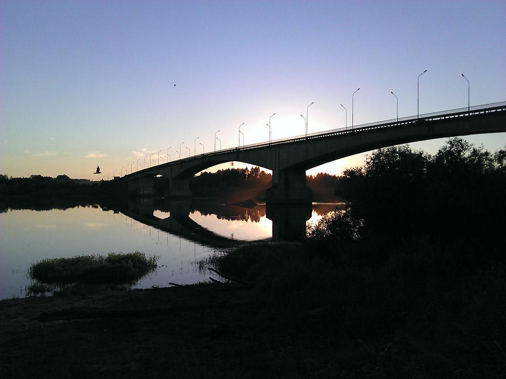 На мост через Волхов ищут строителя